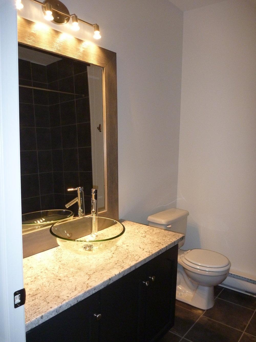 19. Bathroom 1.JPG