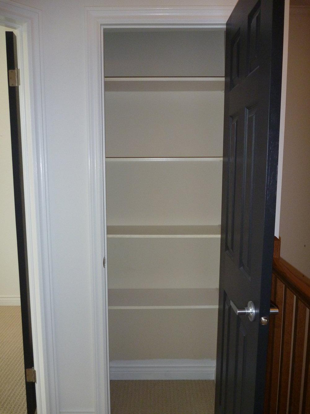 30. Linen Closet.JPG