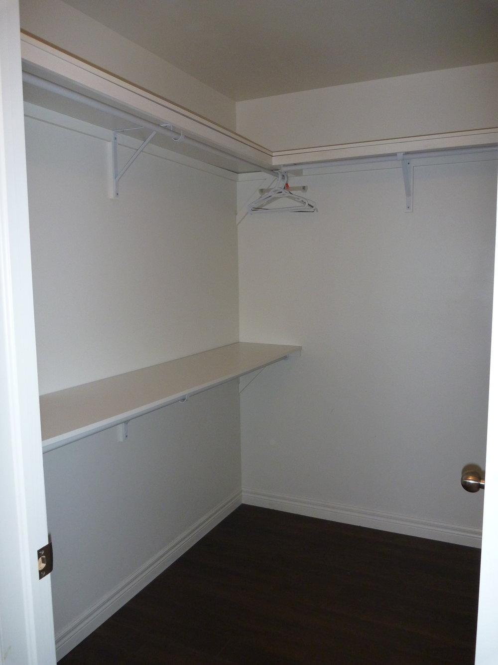 10. Master Closet.JPG