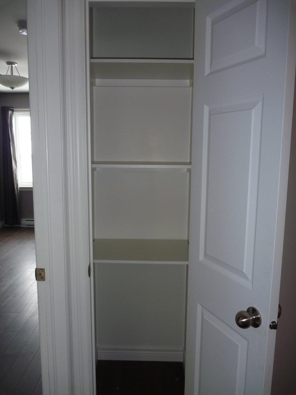 13. Linen Closet.JPG