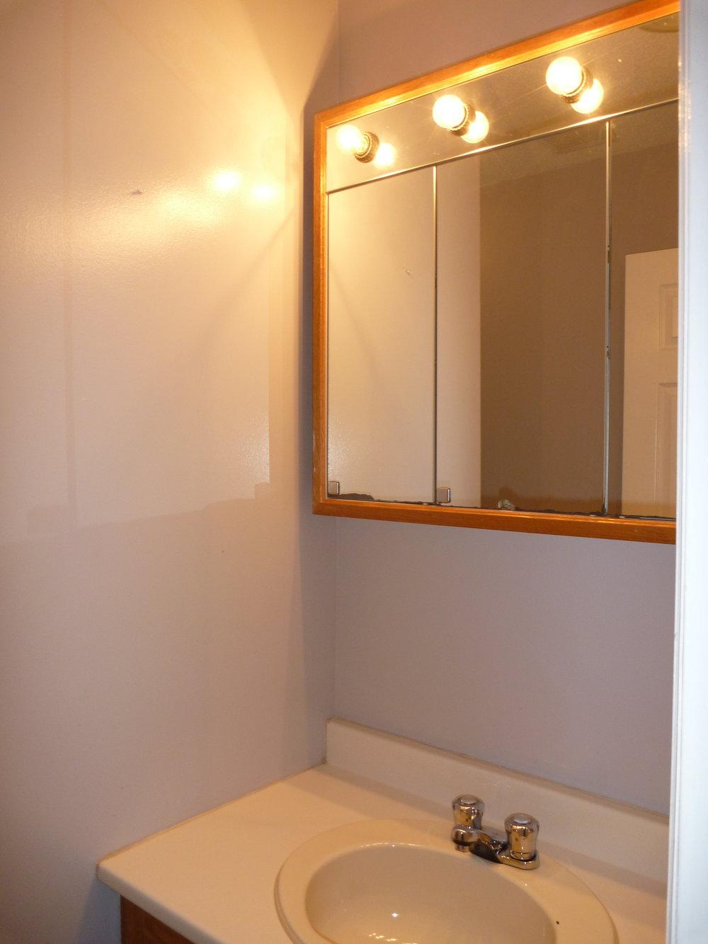 14. Bathroom 2.JPG