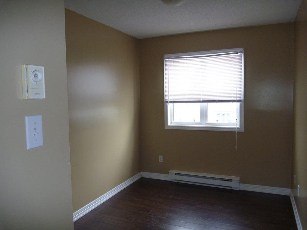 15. Bedroom 1.JPG