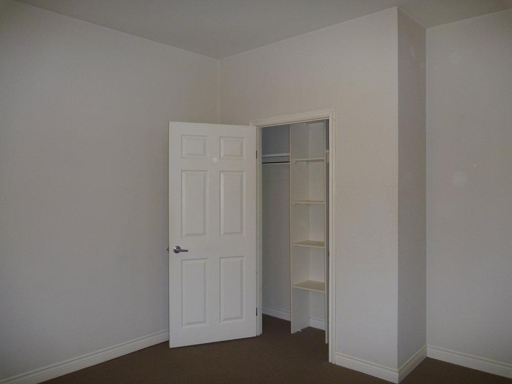 7. Bedroom 1 4.JPG