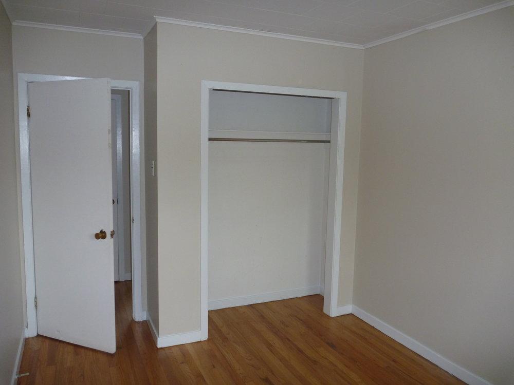 13. Bedroom_2 2.JPG