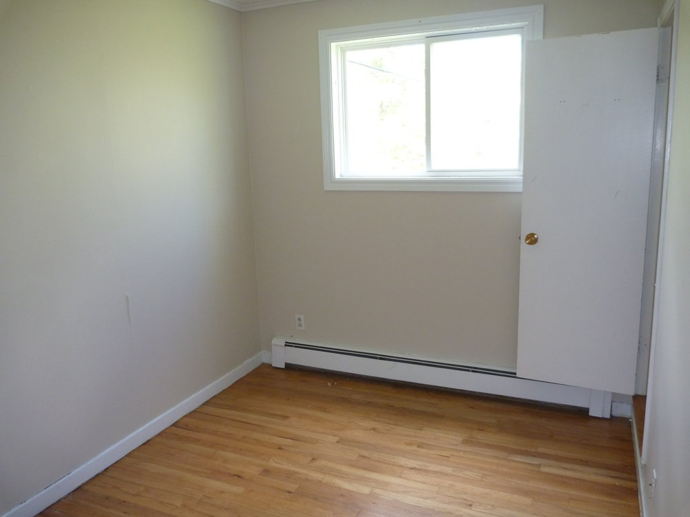 16. Bedroom_3 3.JPG