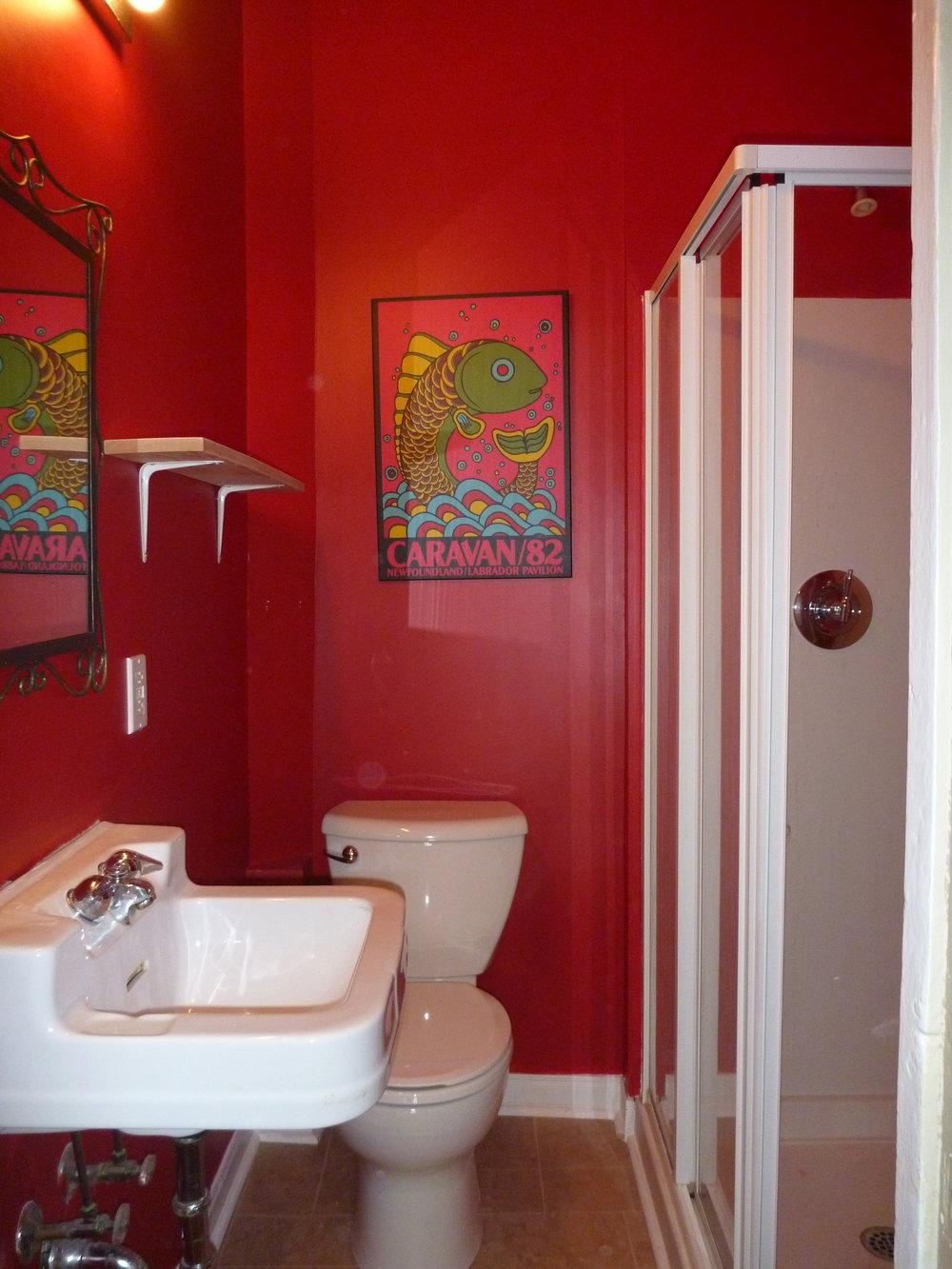 14. Bathroom.JPG