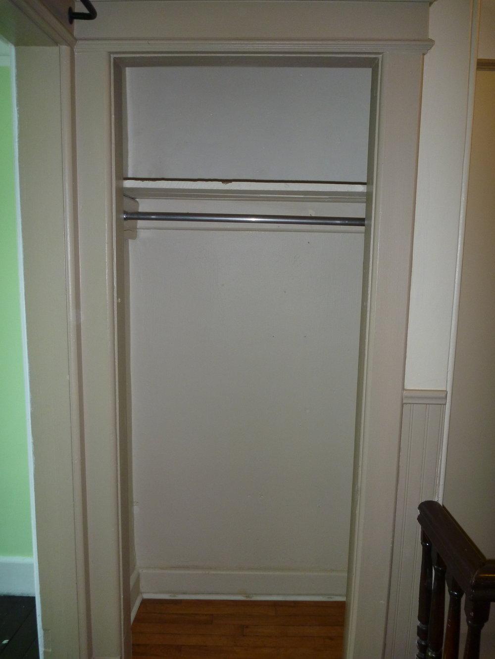 28. Closet.JPG