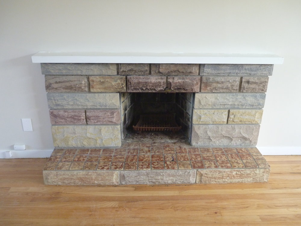 9. Living Room - Fireplace .JPG