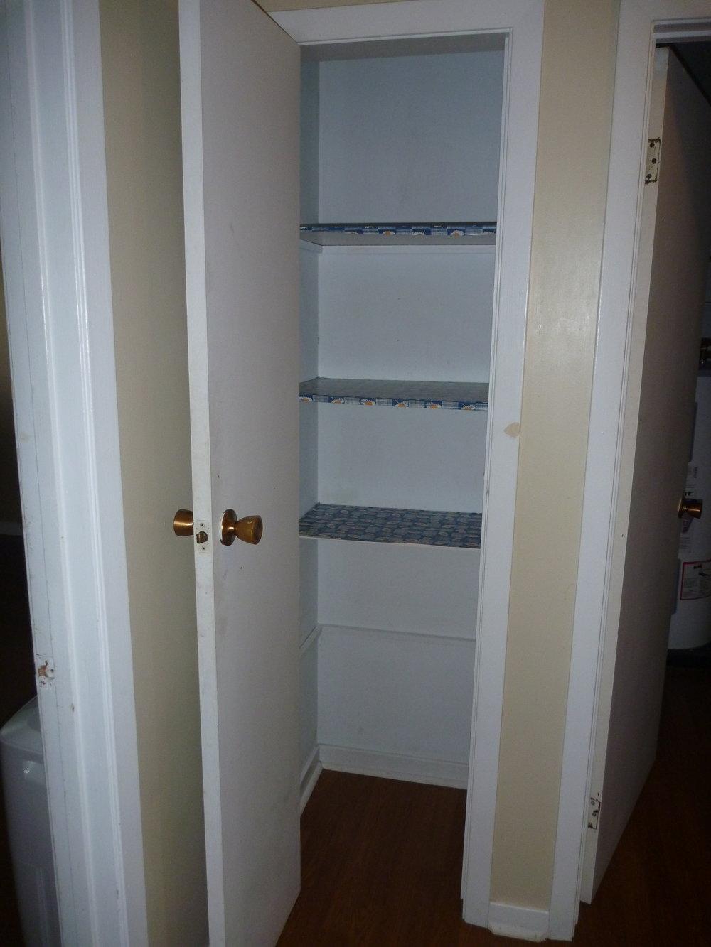 14. Linen Cupboard.JPG