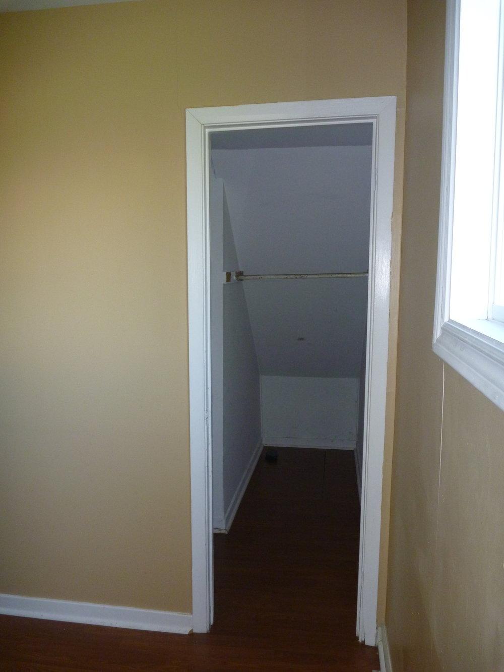 18. Bedroom Closet.JPG