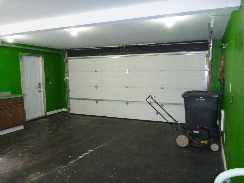 24. Garage 1.JPG