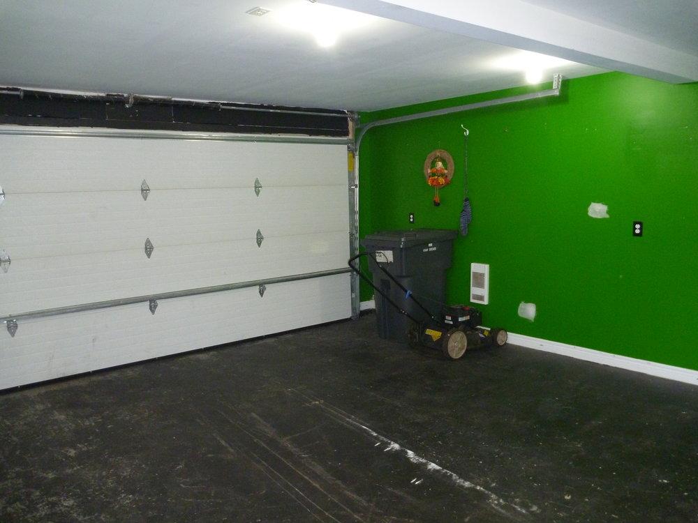 28. Garage 5.JPG