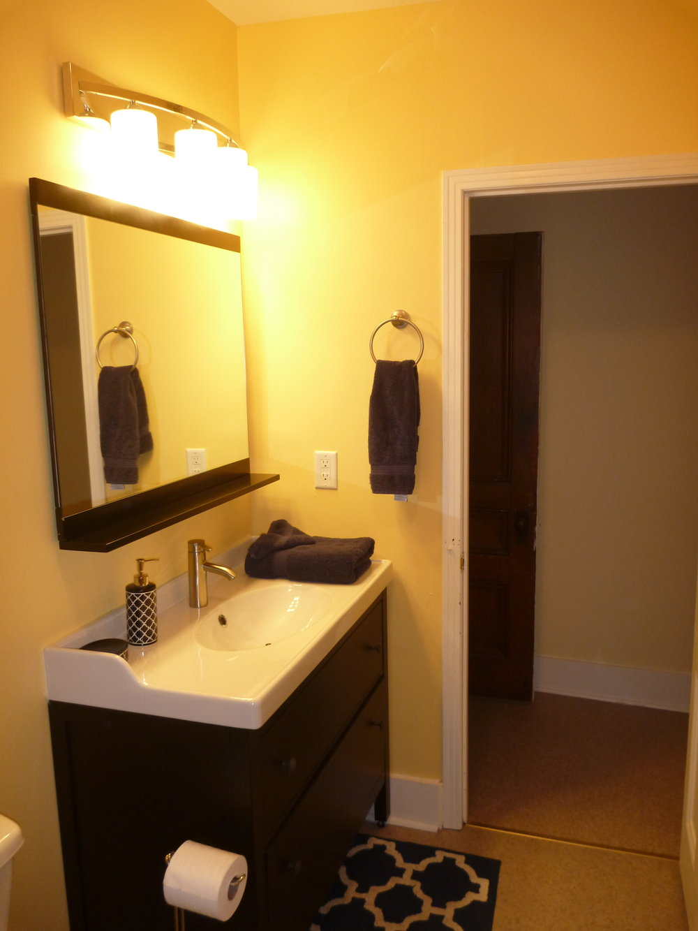 14. Bathroom 2.JPG