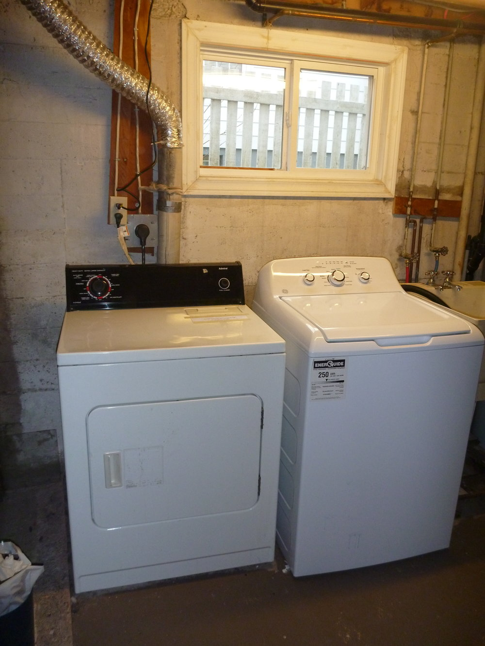 12. Washer and Dryer.JPG