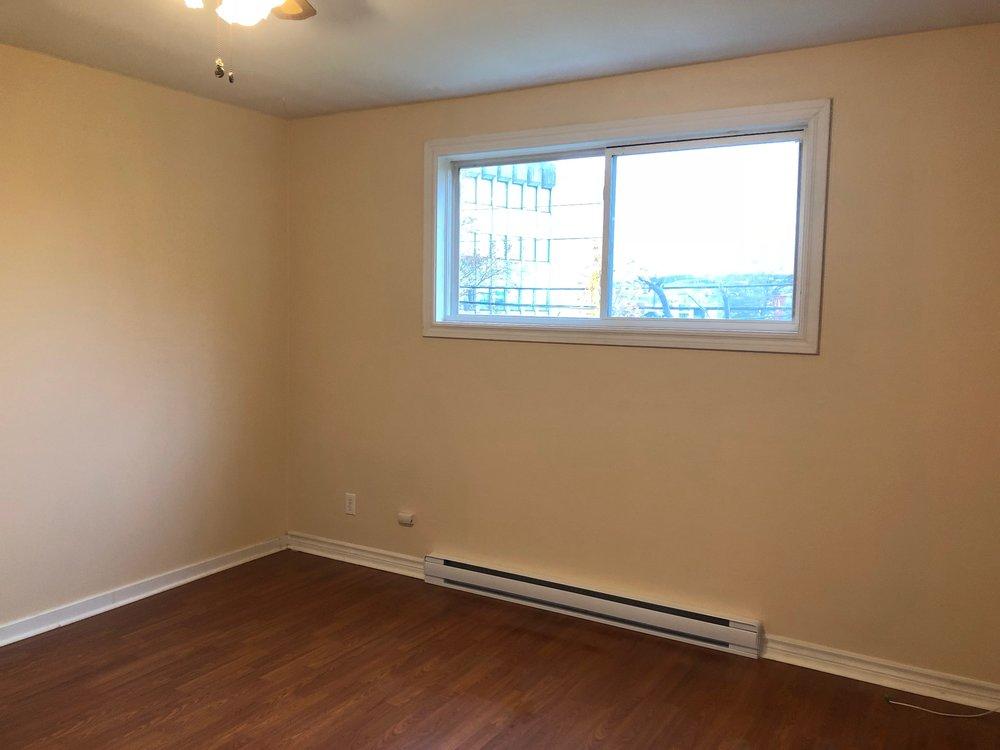 11. Living Room 2.jpg