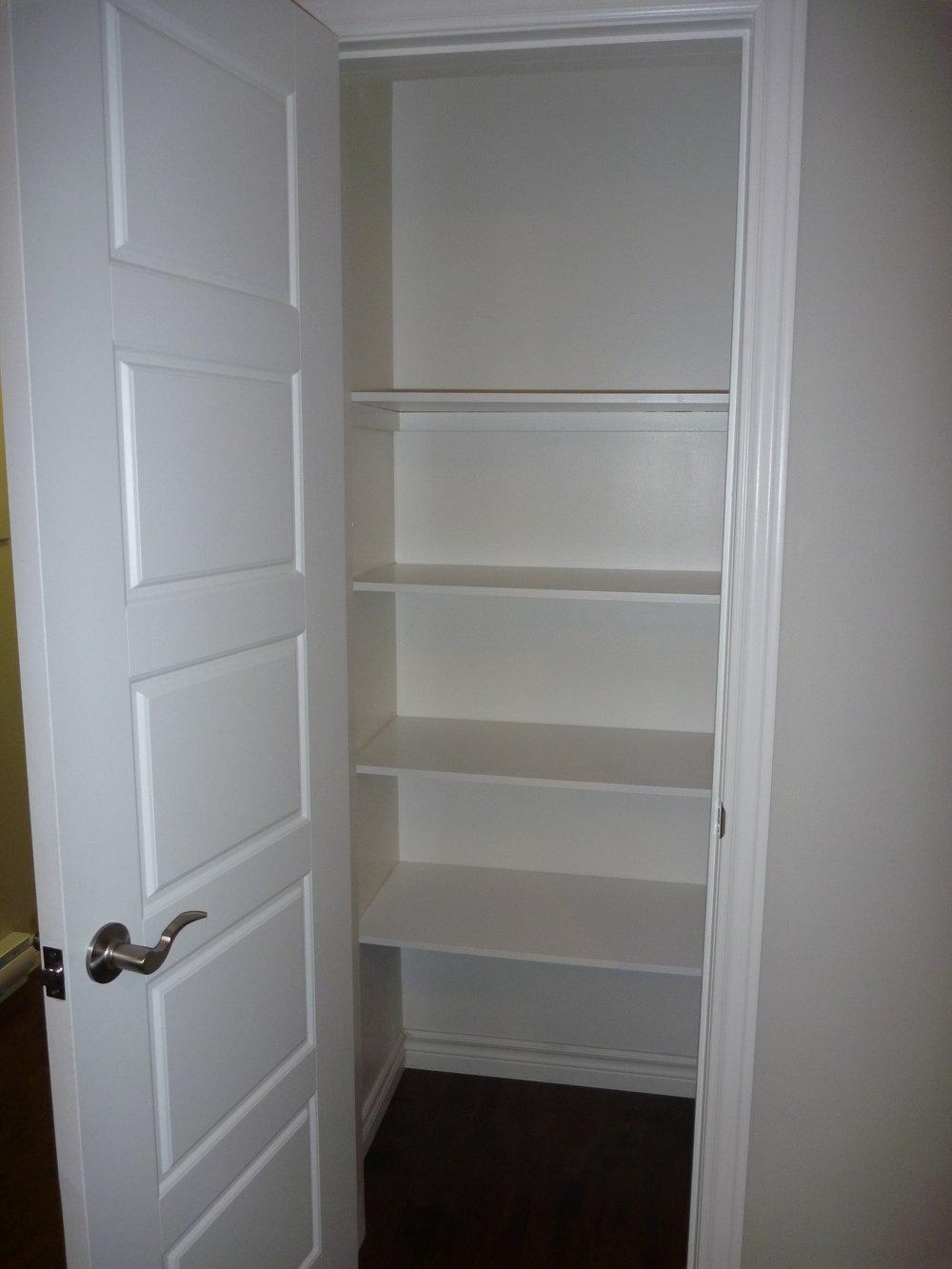12. Linen Cupboard.JPG