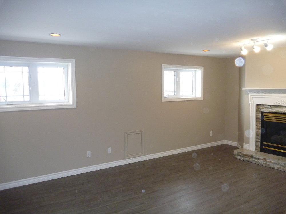 2. Living Room 2.JPG