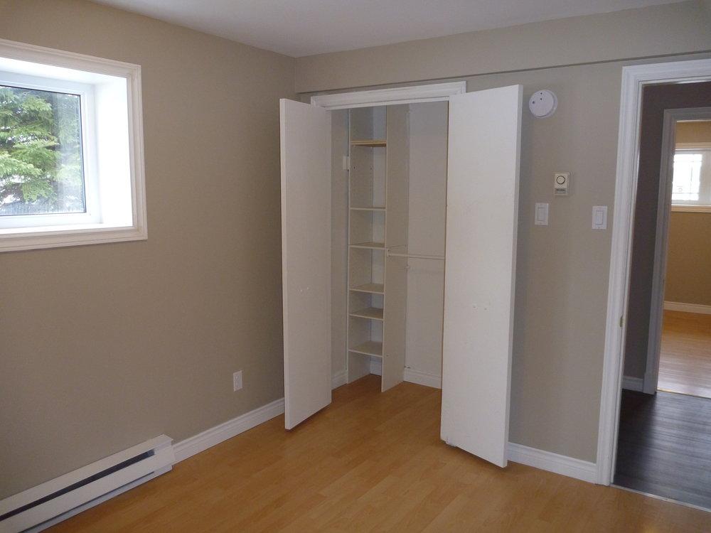 11. Bedroom_1 2.JPG