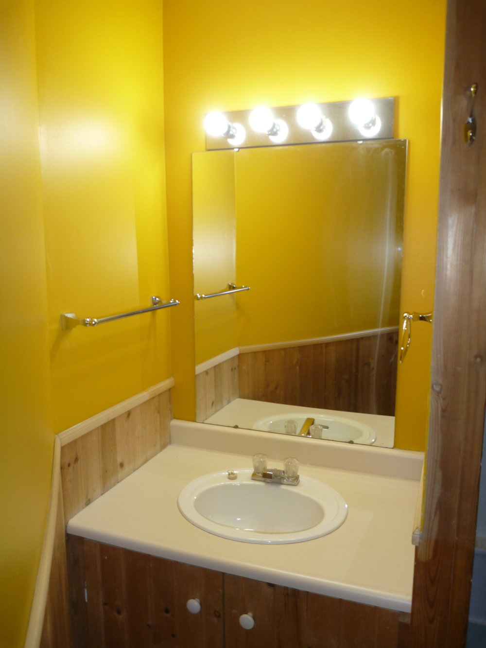 14. Bathroom 2 - Vanity.JPG