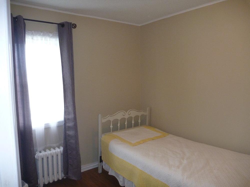 21. Bedroom 1.JPG
