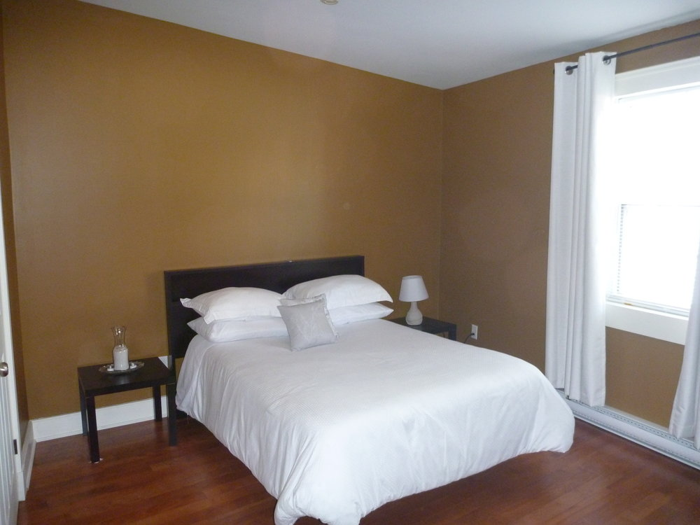 9. Bedroom 1.jpg