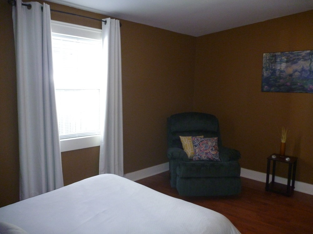 12. Bedroom 3.jpg