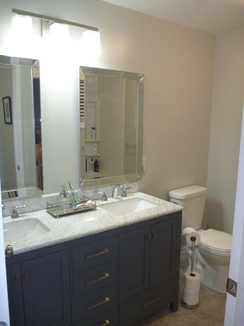 13. Bathroom 1.jpg