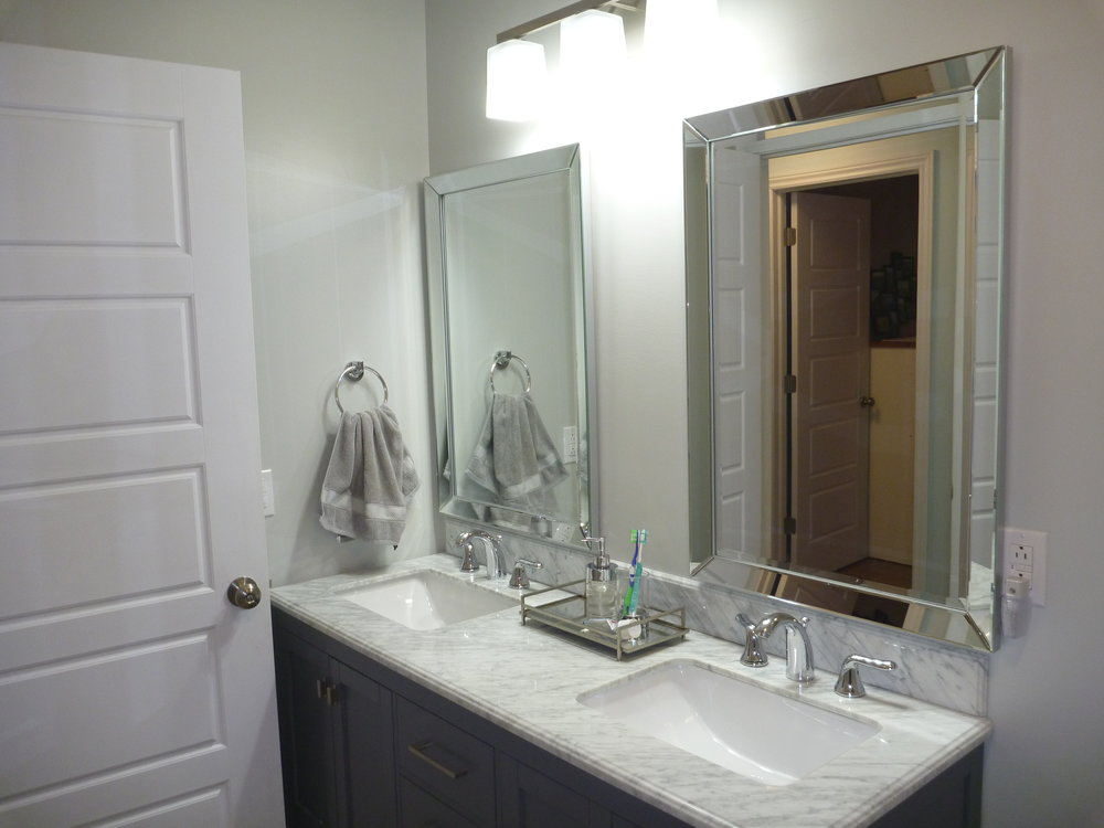 15. Bathroom 3.jpg