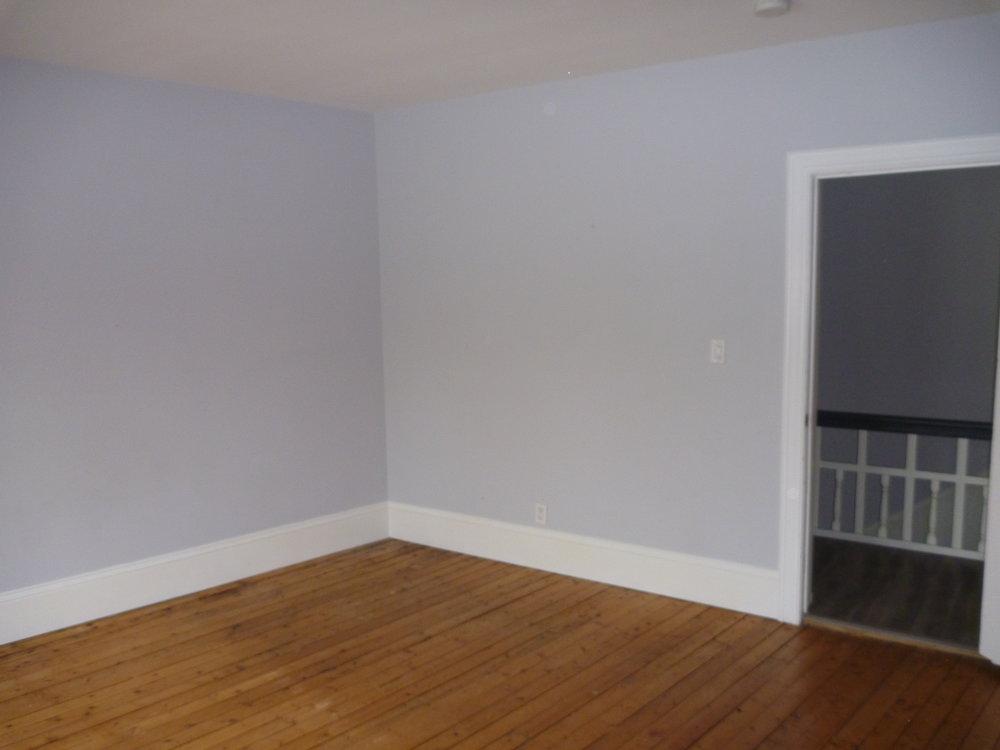 27. Bedroom1 4.jpg