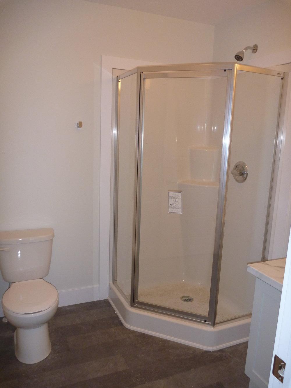 8. Master Bathroom 1.jpg