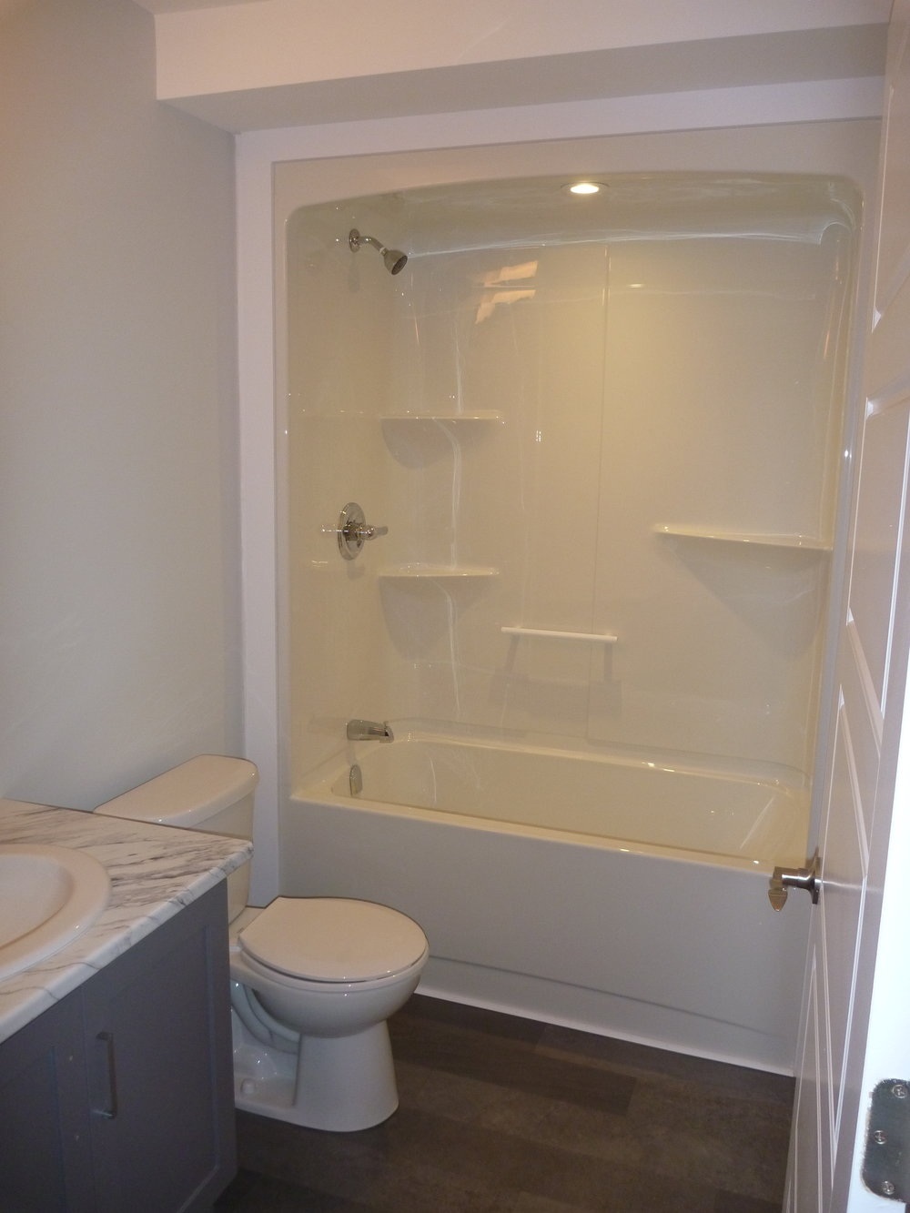 10. Bathroom 1.jpg