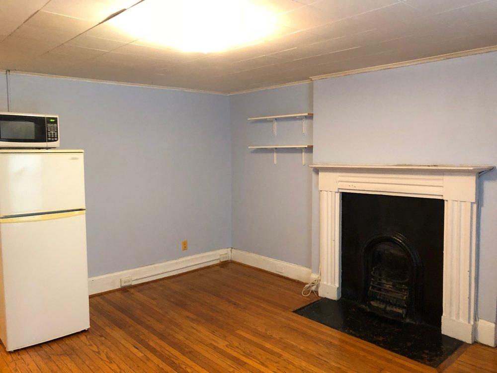 6. Living Room 4.jpg