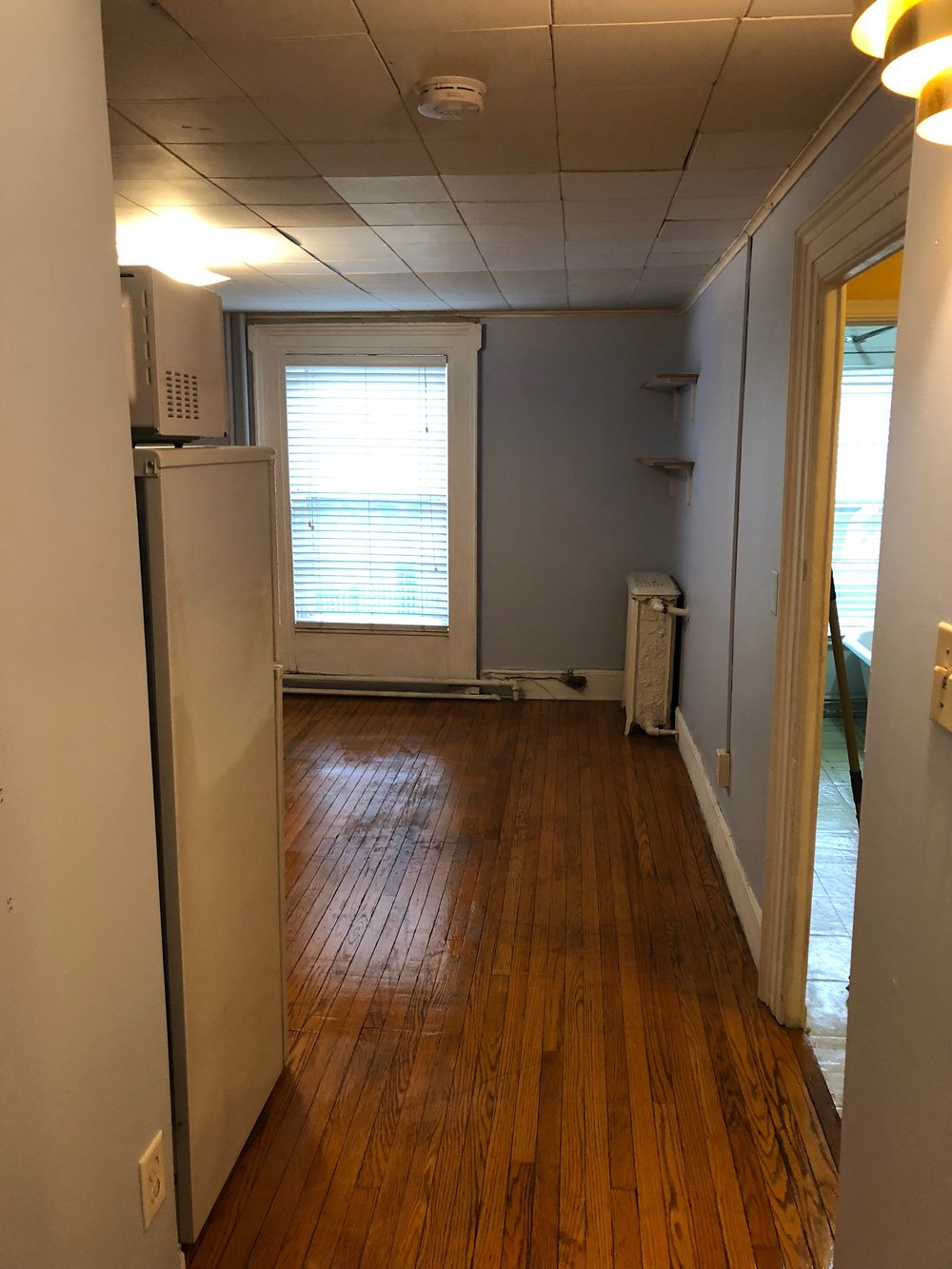 8. Hallway.jpg