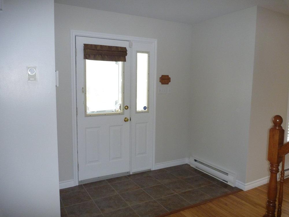 18. Porch 1.jpg