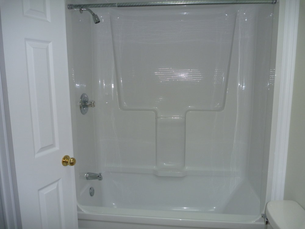 32. Bathroom 2.jpg