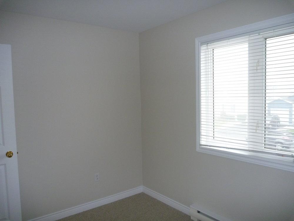 37. Bedroom2 4.jpg