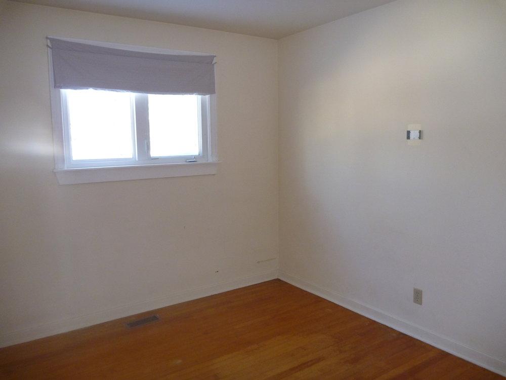 9. Bedroom1 1.jpg