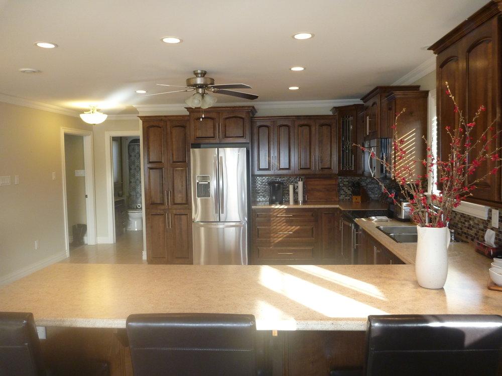 4. Kitchen 4.jpg