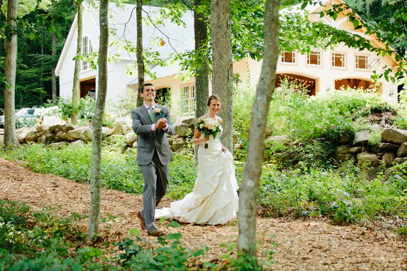 backyard-wedding-photos-connecticut 40