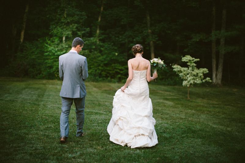backyard-wedding-photos-connecticut 61