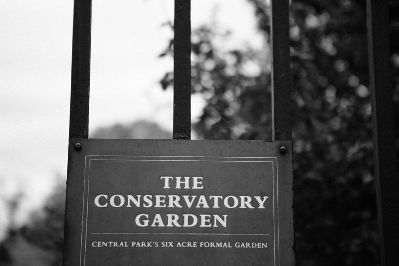 Central-Park-Conservatory-Garden-wedding-photos 10