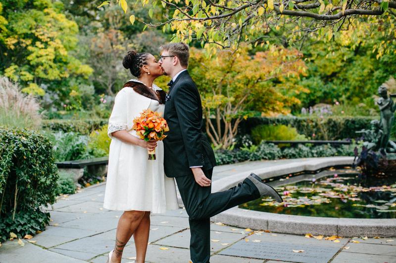 Central-Park-Conservatory-Garden-wedding-photos 22