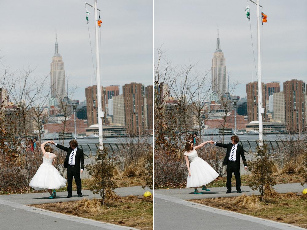williamsburg waterfront wedding photos