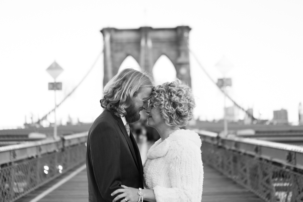 brooklyn bridge elopement photos