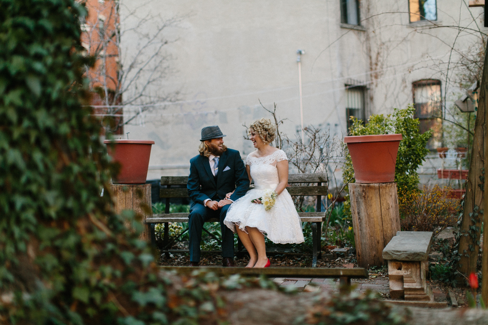 Sixth Street and Avenue B Community Garden elopement photos