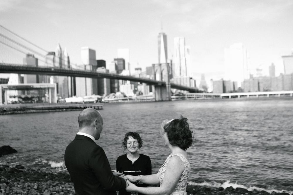 Brooklyn Bridge Park wedding ceremony