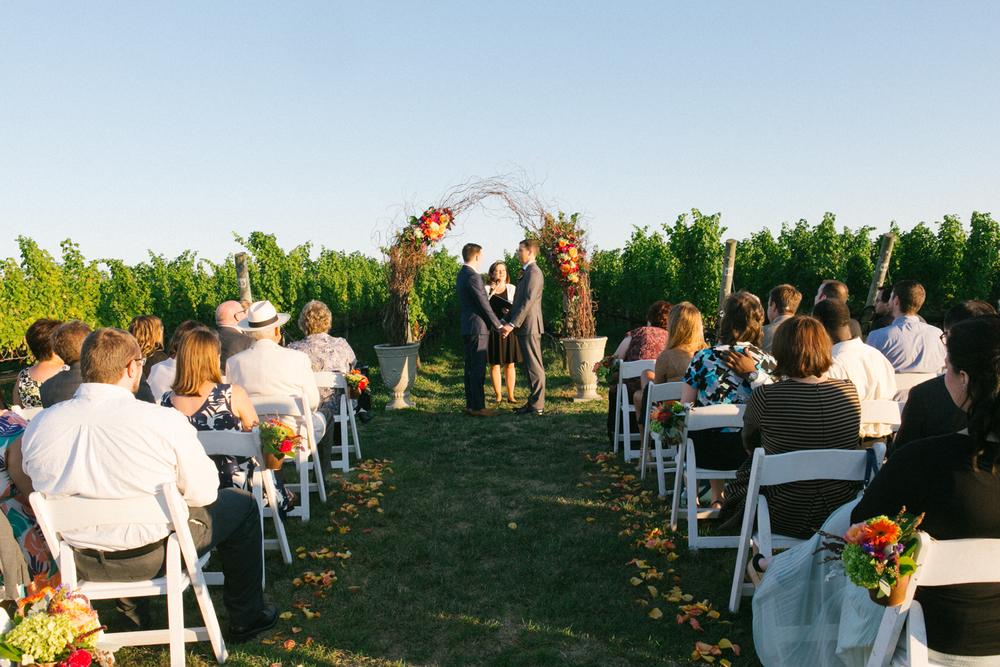 northfork-vineyard-wedding 13.jpg