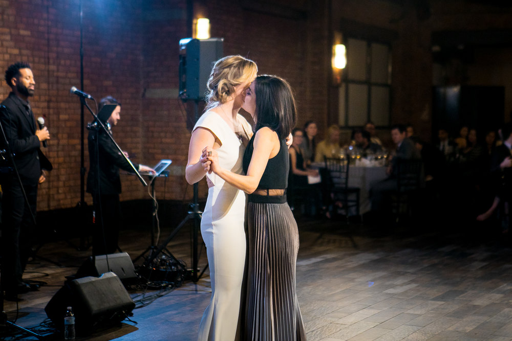 Wedding first dance at 26 Bridge in New York | 26 Bridge Wedding Photos | Lesbian Brooklyn Wedding | Kristin and Marisa's Wedding