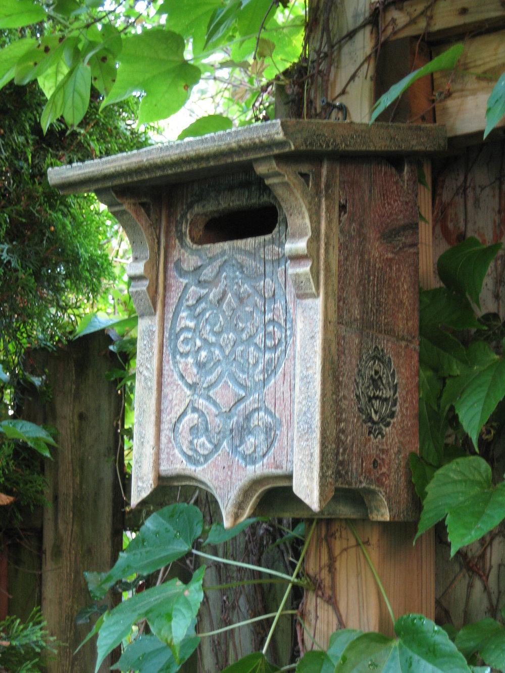 JGuertin-victorian bluebird letterbox birdhouse.JPG