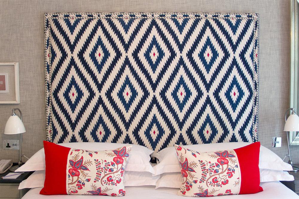 large_ham-yard-hotel-soho-london-entry-level-room-beds-review.jpg